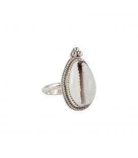 Women Ring, Banditas creations, Cowri shell on Silver, handmade work