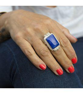 Bague Femme, Création Banditas, Lapis Lazuli monté sur Argent estampé et boules Argent, travail fait main