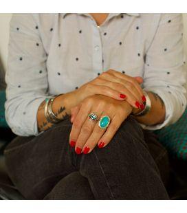 Grosse bague Navajo en Argent travaillé et Turquoise, pièce unique, pour femme