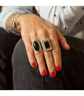 LONGUE BAGUE EN ARGENT ET ONYX OVALE, COLLECTION INDE, HOMME ET FEMME