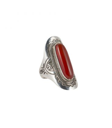 TUAREG WOMAN RING, SILVER AND CORNELIAN